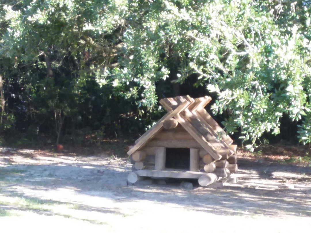Home_Over_The_Bridge_Doghouse